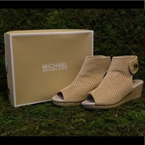 Michael Kors Camel Wedge